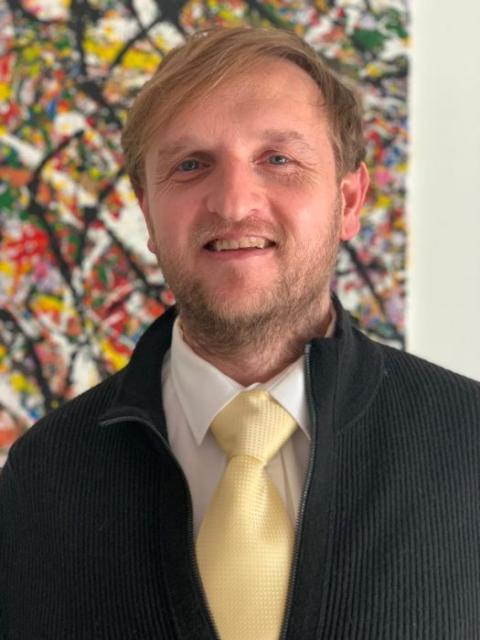 Dr Hendrik Botha