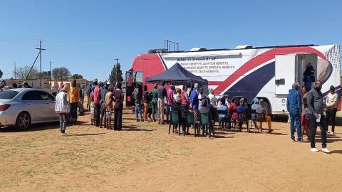 UIF Bus providing mobile assistance
