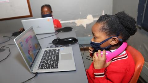 school-learners-using-laptops